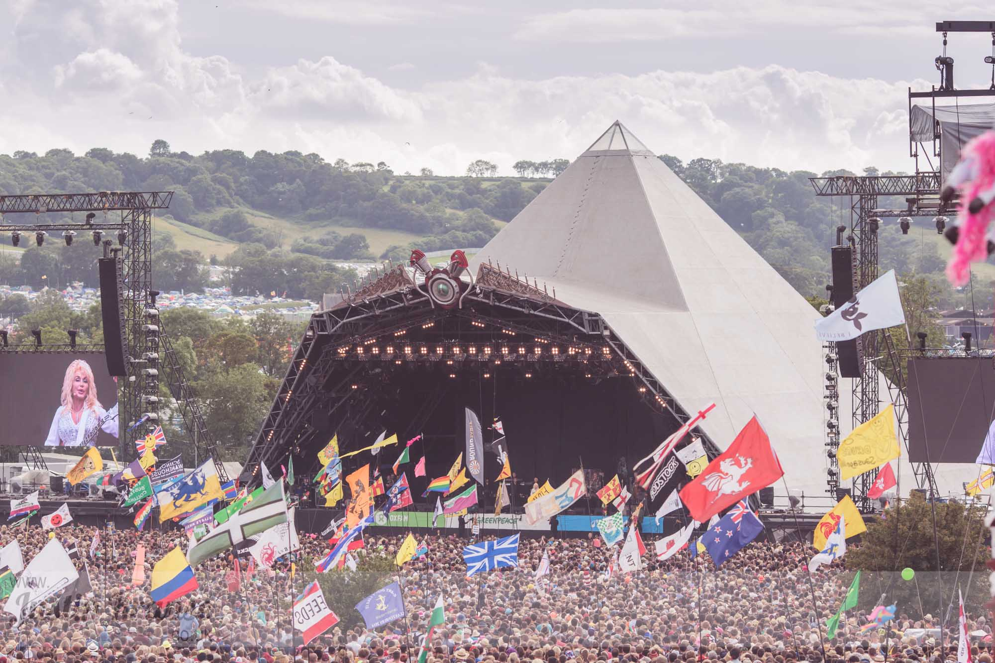 Glastonbury headliners betting af100a 10 bitcoins