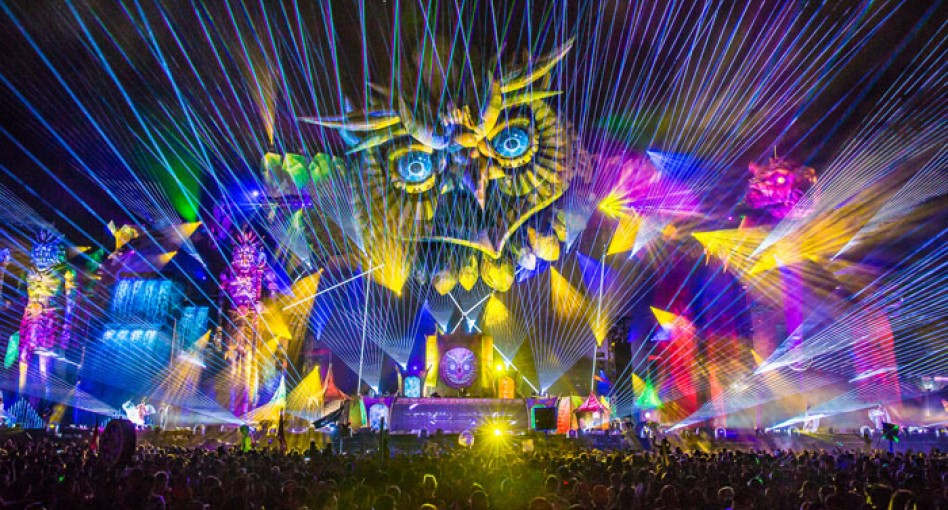 Edc Las Vegas Lines Up Eric Prydz Armin Van Buuren Paul Van Dyk Green Velvet More For 2018 Festival Djmag Com