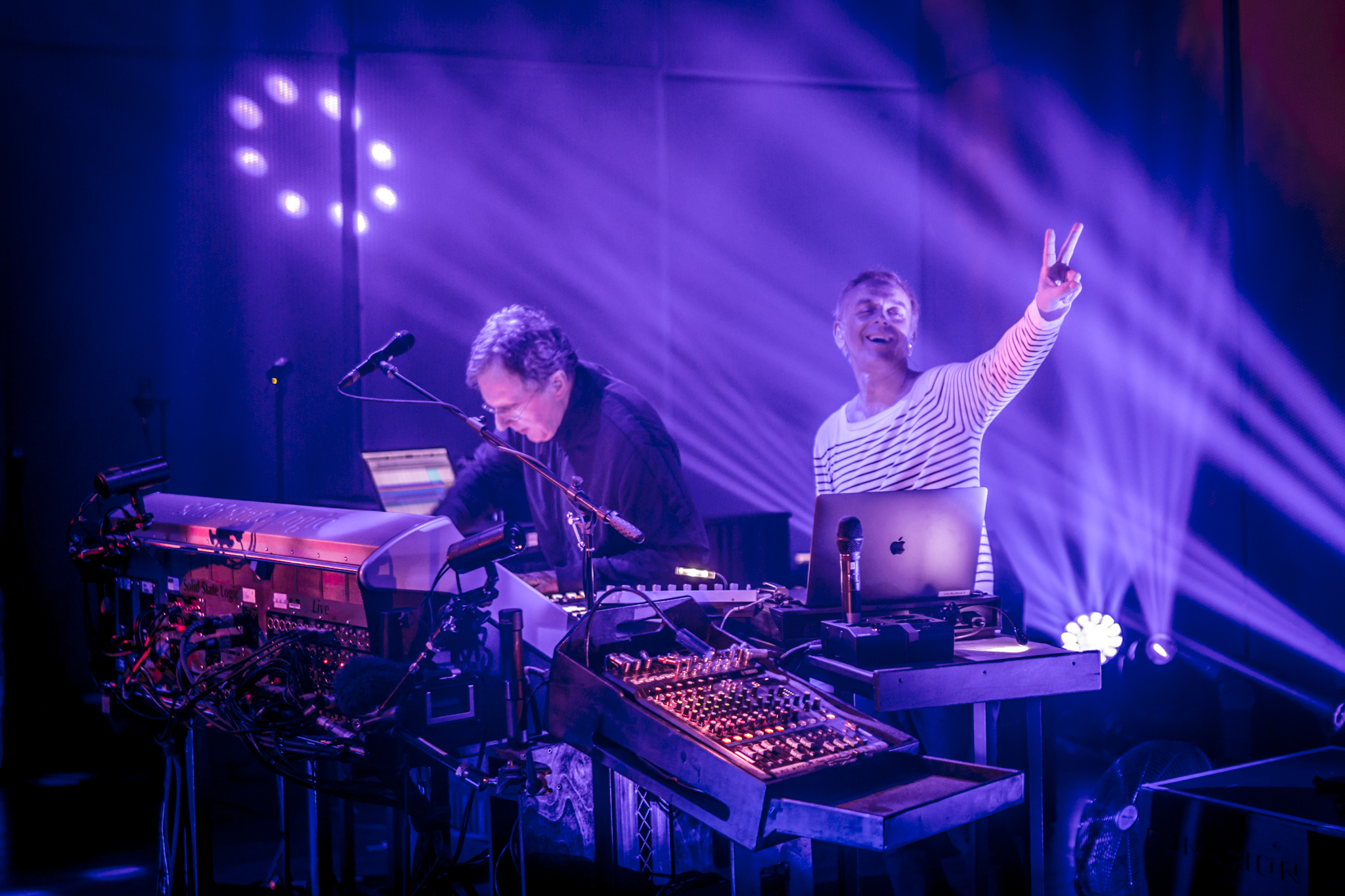 Underworld: 13 amazing photos from their live show at the IMS Legends Dinner
