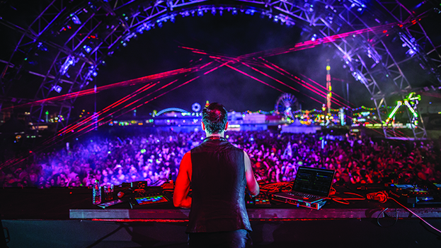LIGHTING THE WORLD ON DUBFIRE