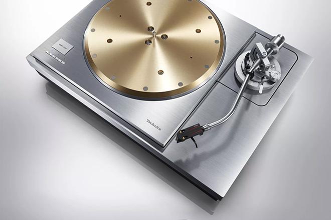 "Technics unveil their ""most premium turntable ever"""