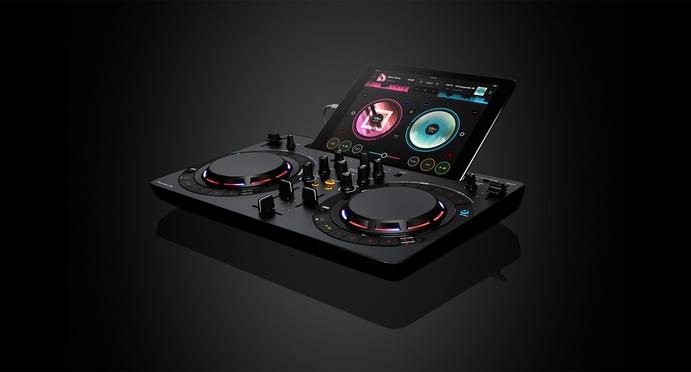 Pioneer WeGO4: DJ Mag reviews the tech giant's latest DJ controller