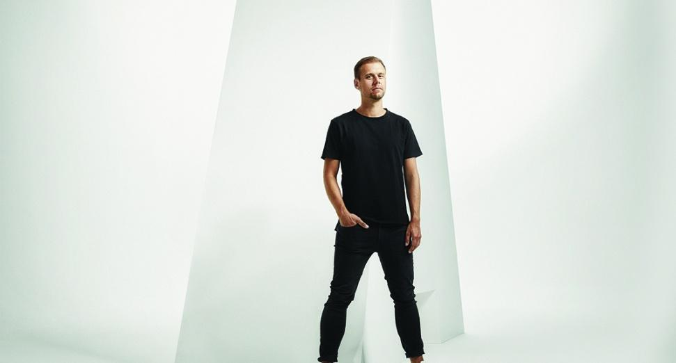 armin-van-buuren-win-dj-mag-top-100-djs-highest-trance