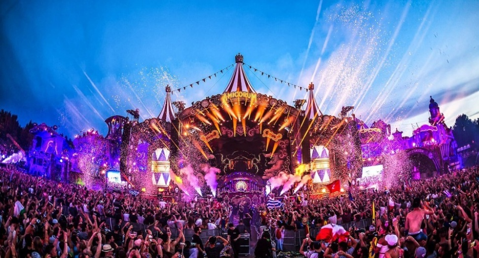 tomorrowland_1