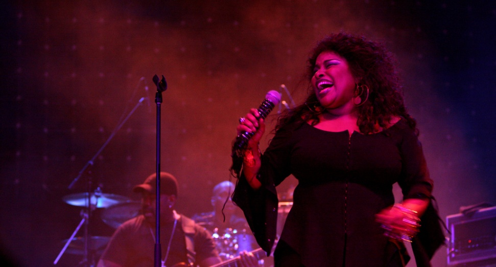 Chaka Khan announces her first album in over a decade.jpg
