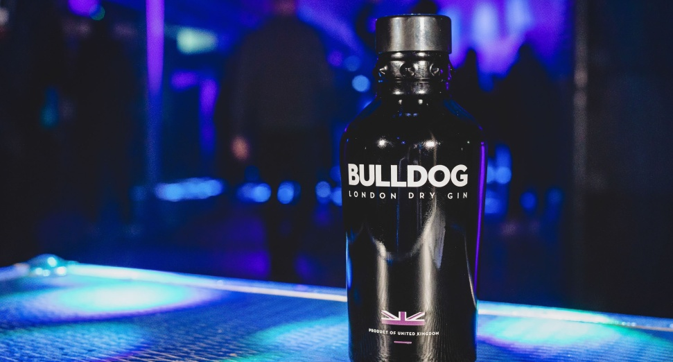 BULLDOG GIN AT FIELD DAY FESTIVAL