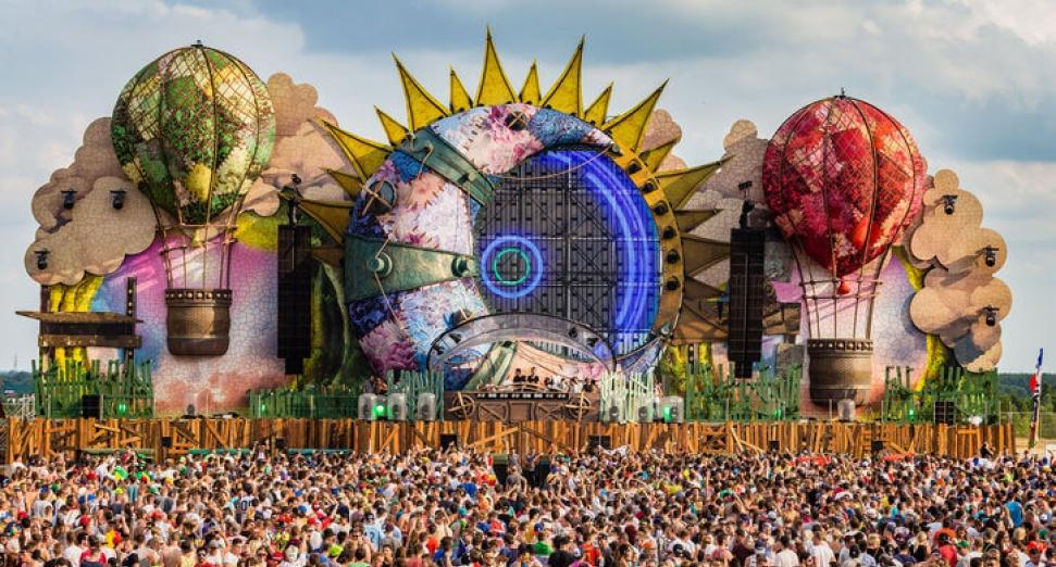 Tomorrowland 2018 live streams