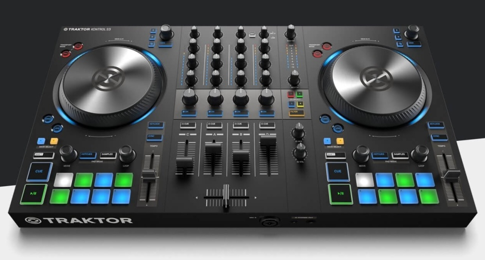 Native Instruments four-deck DJ controller