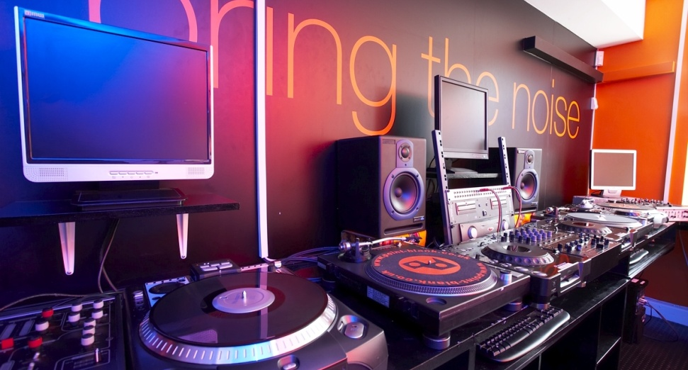 Schools will soon be able to teach DJing as a part of music GCSE