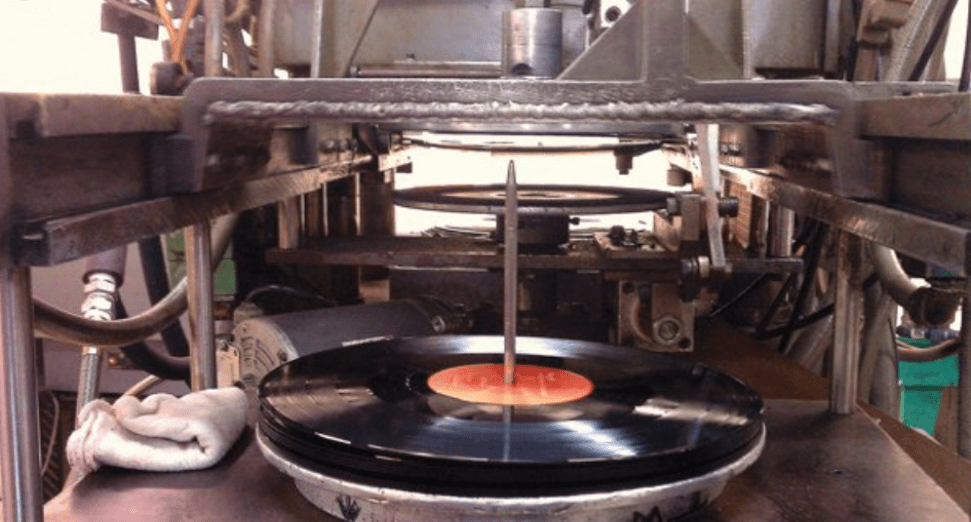 Men jailed over bootleg vinyl ring