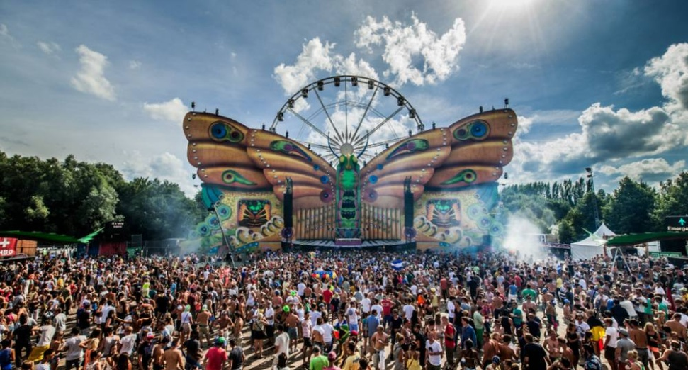 Tomorrowland-carl cox, charlotte de witte, nina kraviz announce stage hosts 2019Tomorrowland-carl cox, charlotte de witte, nina kraviz announce stage hosts 2019