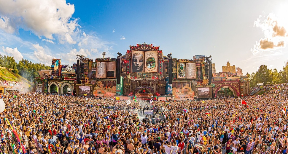 Tomorrowland_2019.jpg
