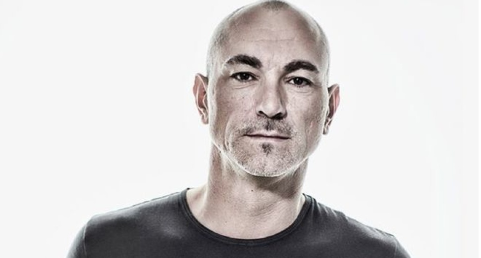 Robert Miles radio station reopen