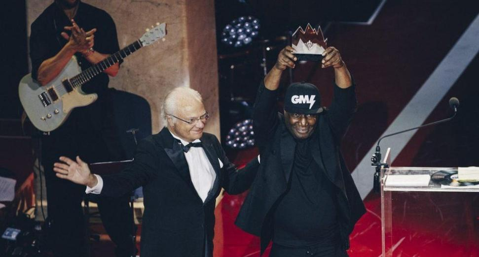 "Grandmaster Flash becomes first DJ to win ""Nobel Prize For Music"""
