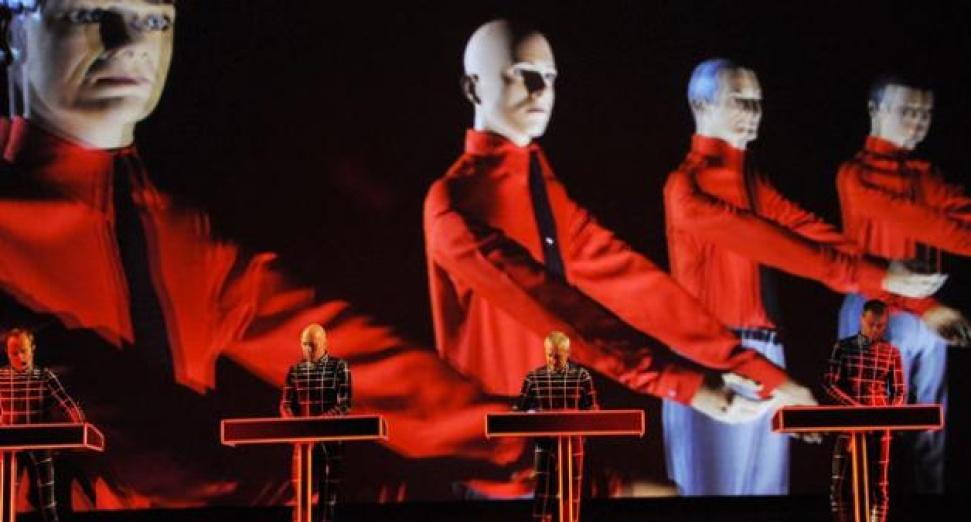 kraftwerk-spacestation