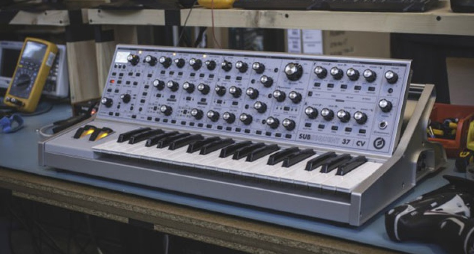Moog unveils new synth that includes 808 State presets | DJMag com