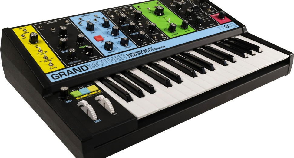 Moog Music Grandmother Synth