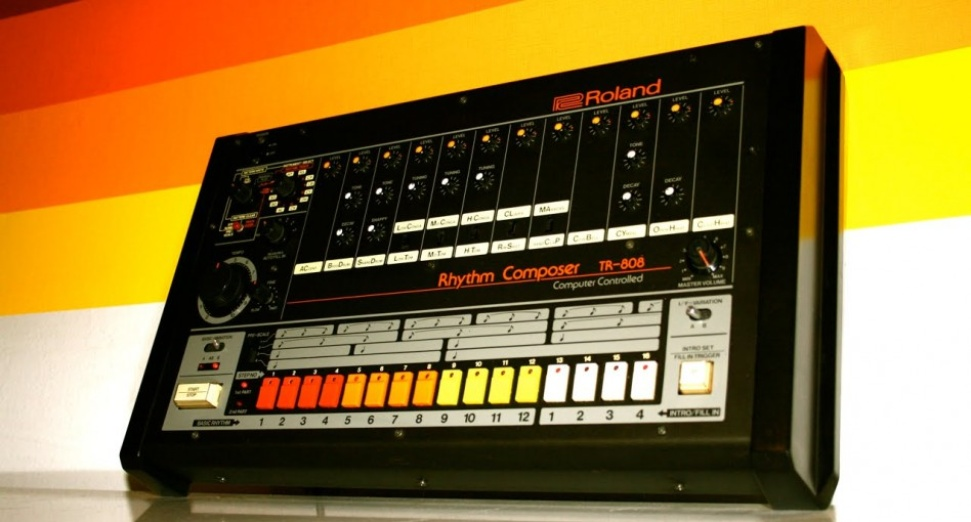 roland-tr-808-drum-kit.jpg