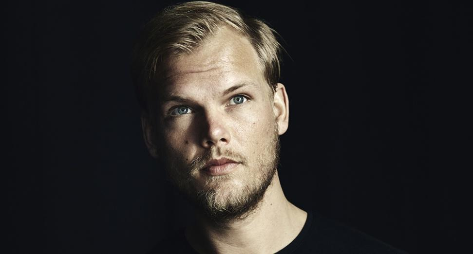 Avicii's father accepts award on his behalf Rockbjörnen Sweden dj mag
