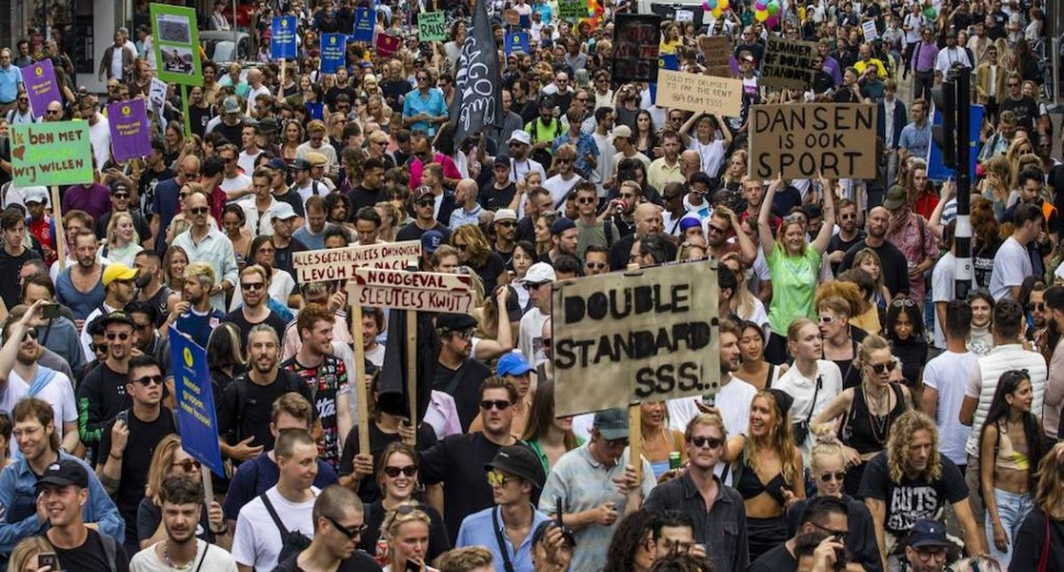 Thousands attend 'Unmute Us' protests across the Netherlands against festival ban