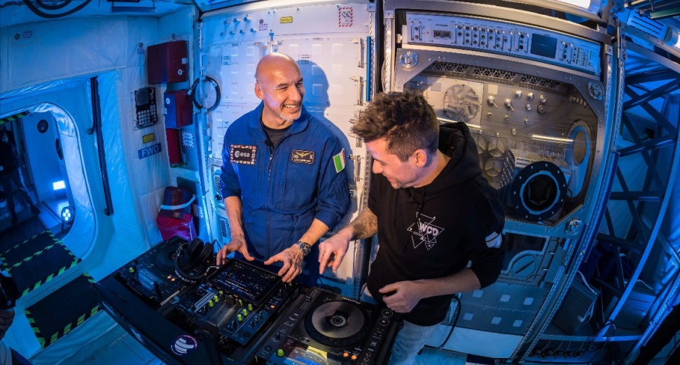 astronaut first DJ set in space